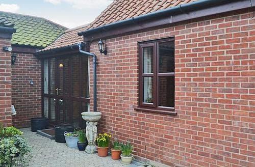 Last Minute Cottages - Stone Cottage
