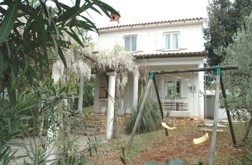 Last Minute Cottages - Villa Laura
