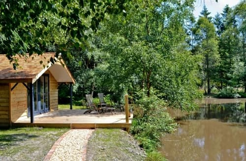 Dog Friendly Cottages - THE RETREAT