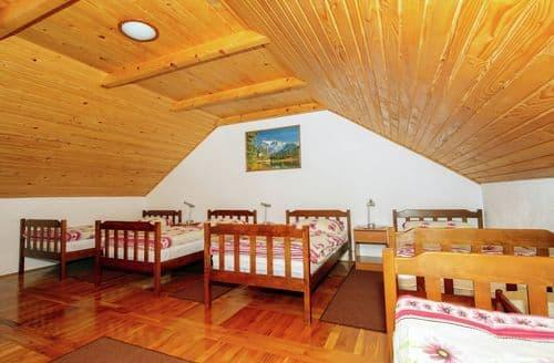 Last Minute Cottages - Vacation house Anka