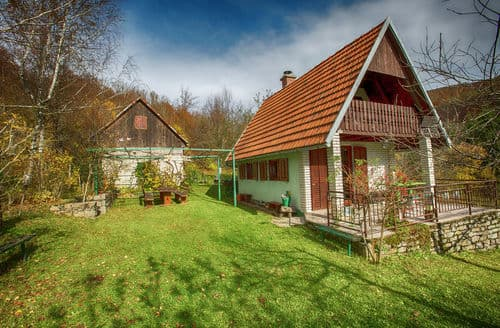 Last Minute Cottages - Rural house Tomljenovic