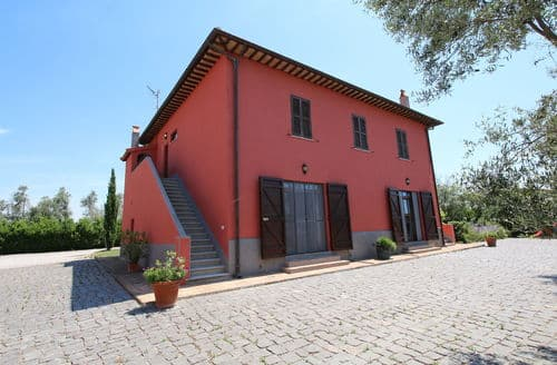 Last Minute Cottages - Corbezzolo