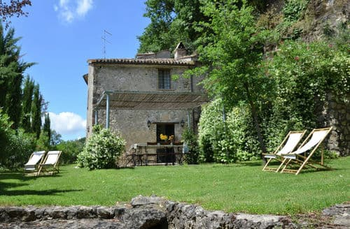 Last Minute Cottages - Villa Teverina