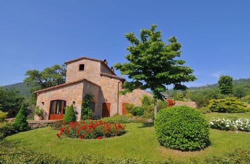 Last Minute Cottages - Villa Chianaiola
