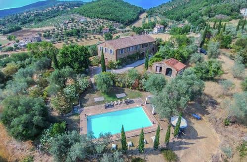 Last Minute Cottages - Villa Agello