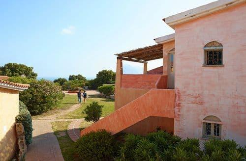 Last Minute Cottages - Residence Lu Nibareddu 3