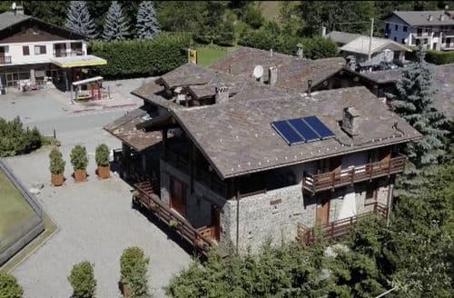 Last Minute Cottages - Chalet Antey Quadri C