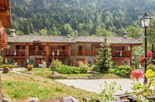 Last Minute Cottages - GrBe Penta