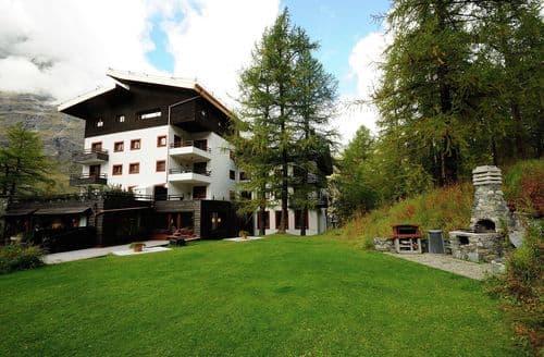 Last Minute Cottages - Residenza Cervinia Bilo Piano Cinque