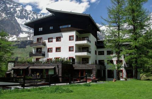 Last Minute Cottages - Residenza Cervinia Bilo Pt 6P
