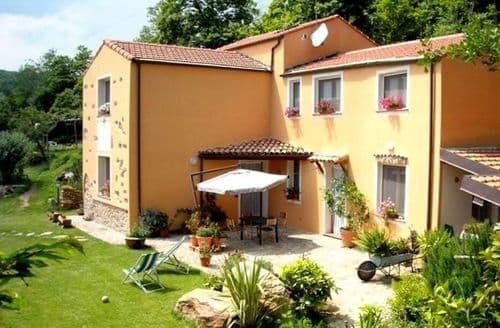 Last Minute Cottages - Nido del Gufo