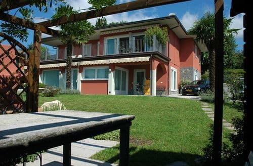Last Minute Cottages - Varese Tre
