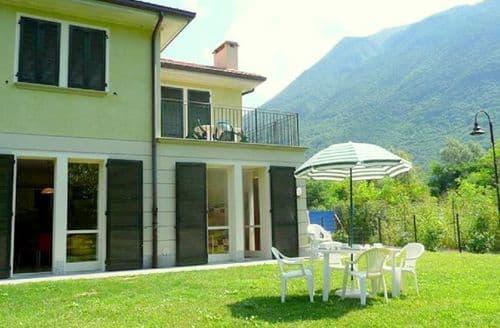Last Minute Cottages - Porlezza - Quadri Villa Montagna