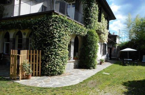 Last Minute Cottages - Rododendro di Lesa