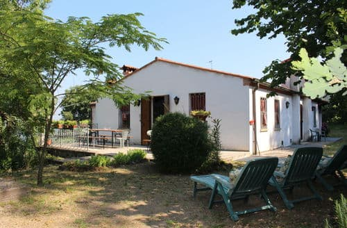 Last Minute Cottages - Cinto Euganeo