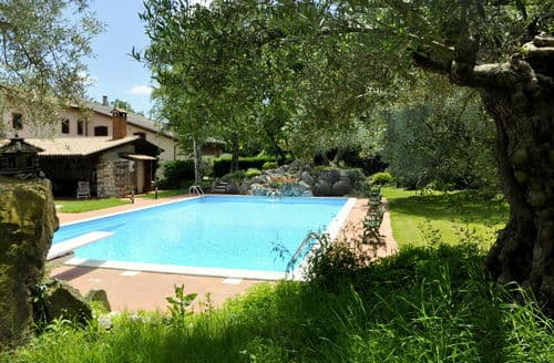 Last Minute Cottages - Casale Preoni