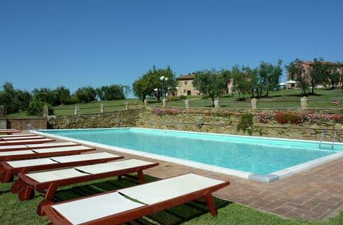Last Minute Cottages - Istrice