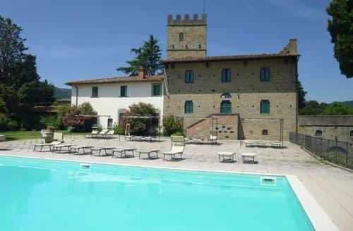 Last Minute Cottages - Trebbiano