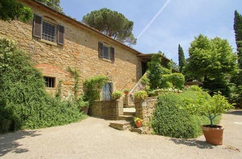 Last Minute Cottages - Villa Ambra