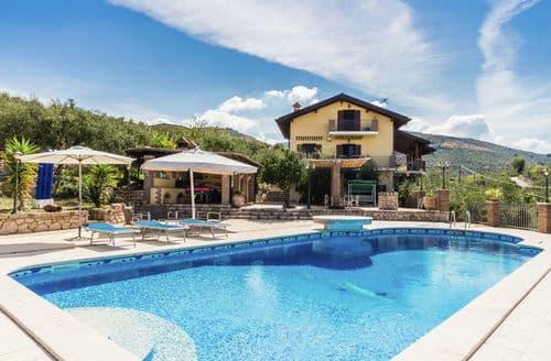 Last Minute Cottages - Villa Casetta