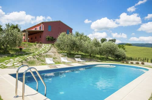 Last Minute Cottages - Villa Caracciole
