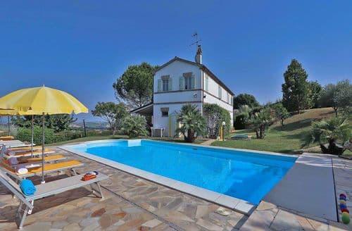 Last Minute Cottages - Villa Asparago