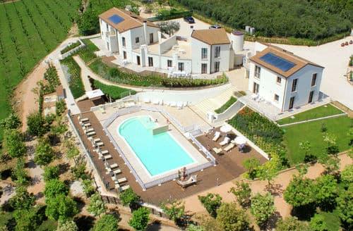 Last Minute Cottages - Luxury Pedaso Cottage S158601