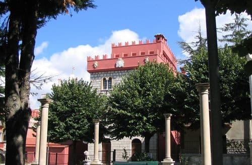 Last Minute Cottages - Il Borgo