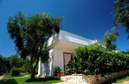 Last Minute Cottages - Villaggio San Matteo 1