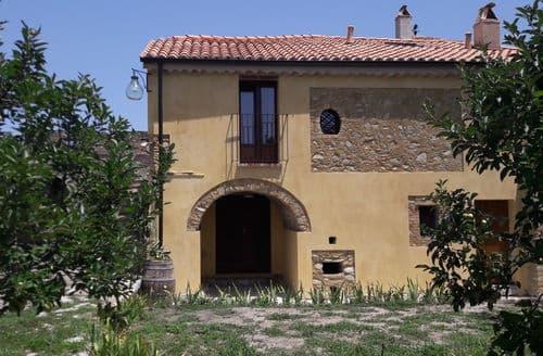 Last Minute Cottages - San Giovanni