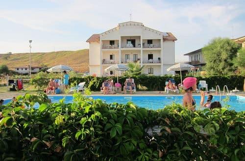 Last Minute Cottages - Barko Trilo Vista Mare