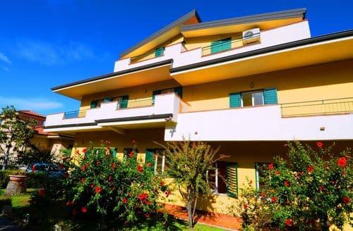 Last Minute Cottages - Appartamenti del Sole