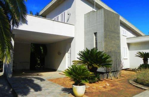 Last Minute Cottages - Villa Fazzari