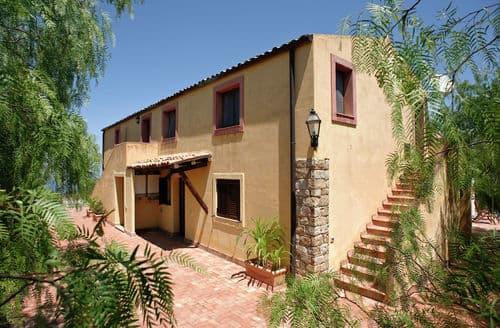 Last Minute Cottages - Casa Collesano 1