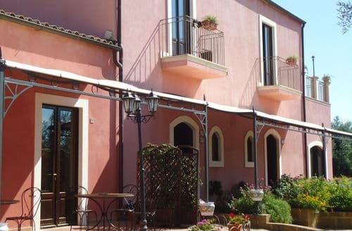 Last Minute Cottages - Mono Carlentini