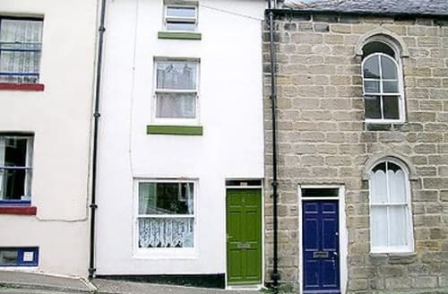 Last Minute Cottages - Stunning Staithes Cottage S15508