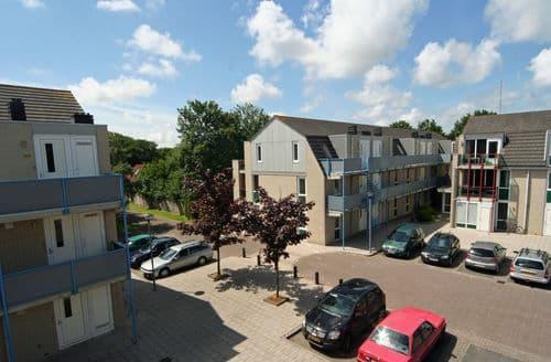 Last Minute Cottages - Lovely De Koog Texel Apartment S159576