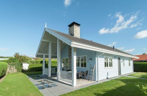 Last Minute Cottages - Cosy Noordwijk Cottage S159749