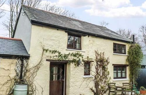 Last Minute Cottages - Foxhill Stable