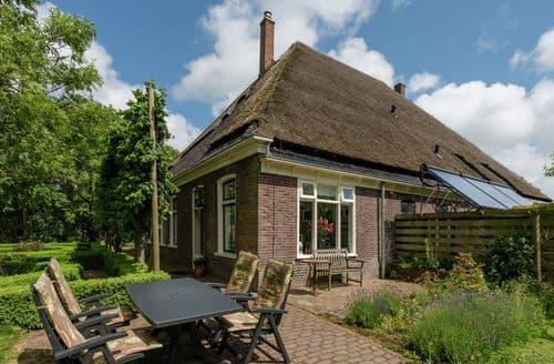 Last Minute Cottages - Tasteful Oudesluis Apartment S159902