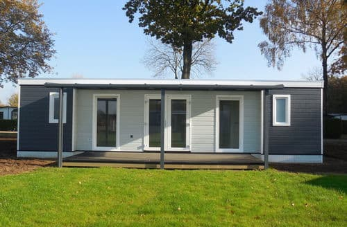Last Minute Cottages - Beautiful Voorthuizen Lodge S160016
