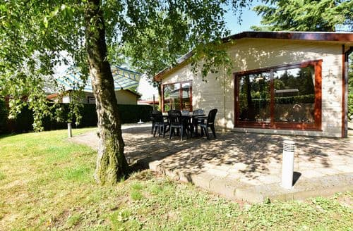 Last Minute Cottages - Luxury Putten Lodge S160033