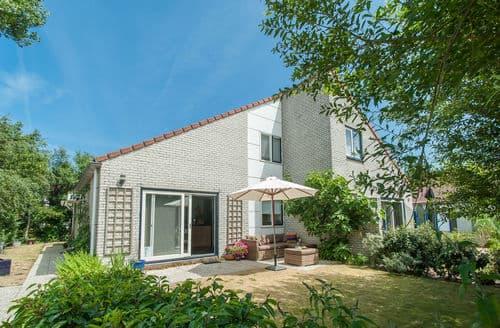 Last Minute Cottages - Inviting Julianadorp Cottage S160254
