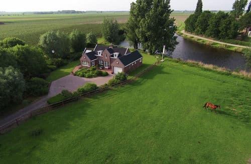 Last Minute Cottages - Gorgeous Steenbergen Cottage S160412