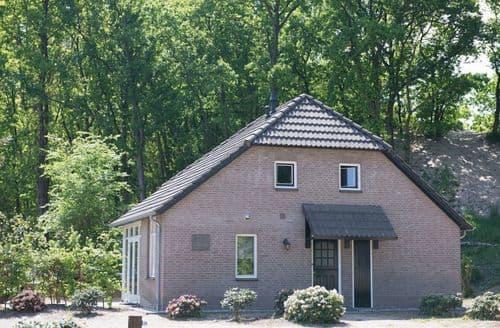 Last Minute Cottages - Quaint Uden Cottage S160560