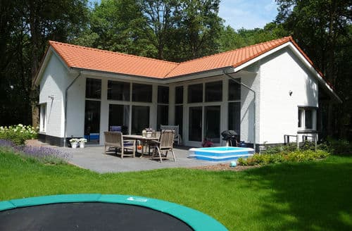 Last Minute Cottages - Vakantiepark De Pier 7