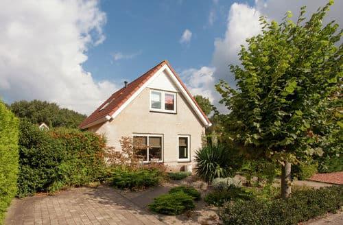 Last Minute Cottages - Luxury Noordwijkerhout Cottage S160601