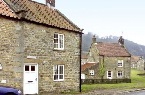 Last Minute Cottages - Hollyside Cottage
