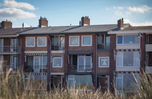 Last Minute Cottages - Attractive Katwijk Apartment S160781