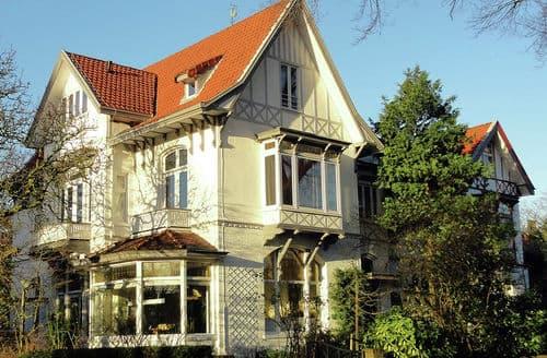 Last Minute Cottages - Stunning Scheveningen Cottage S160831